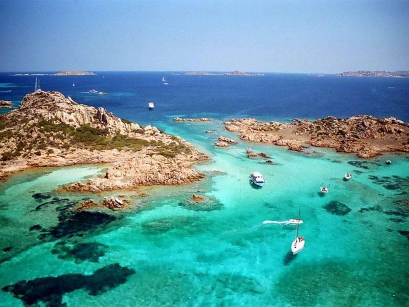 Isola di budelli con la magnifica spiaggia rosa la nostra italia - Isola di saona piscine naturali ...